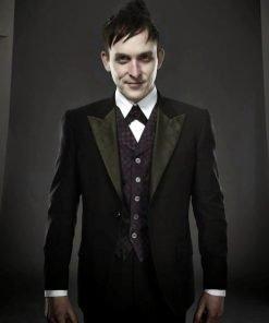 Robin-Taylor-Penguin-Gotham-Tuxedo