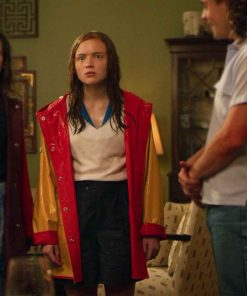 Max Mayfield Stranger Things S04 Sadie Sink Yellow Rain Coat