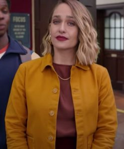 sex-education-s03-jemima-kirke-jacket